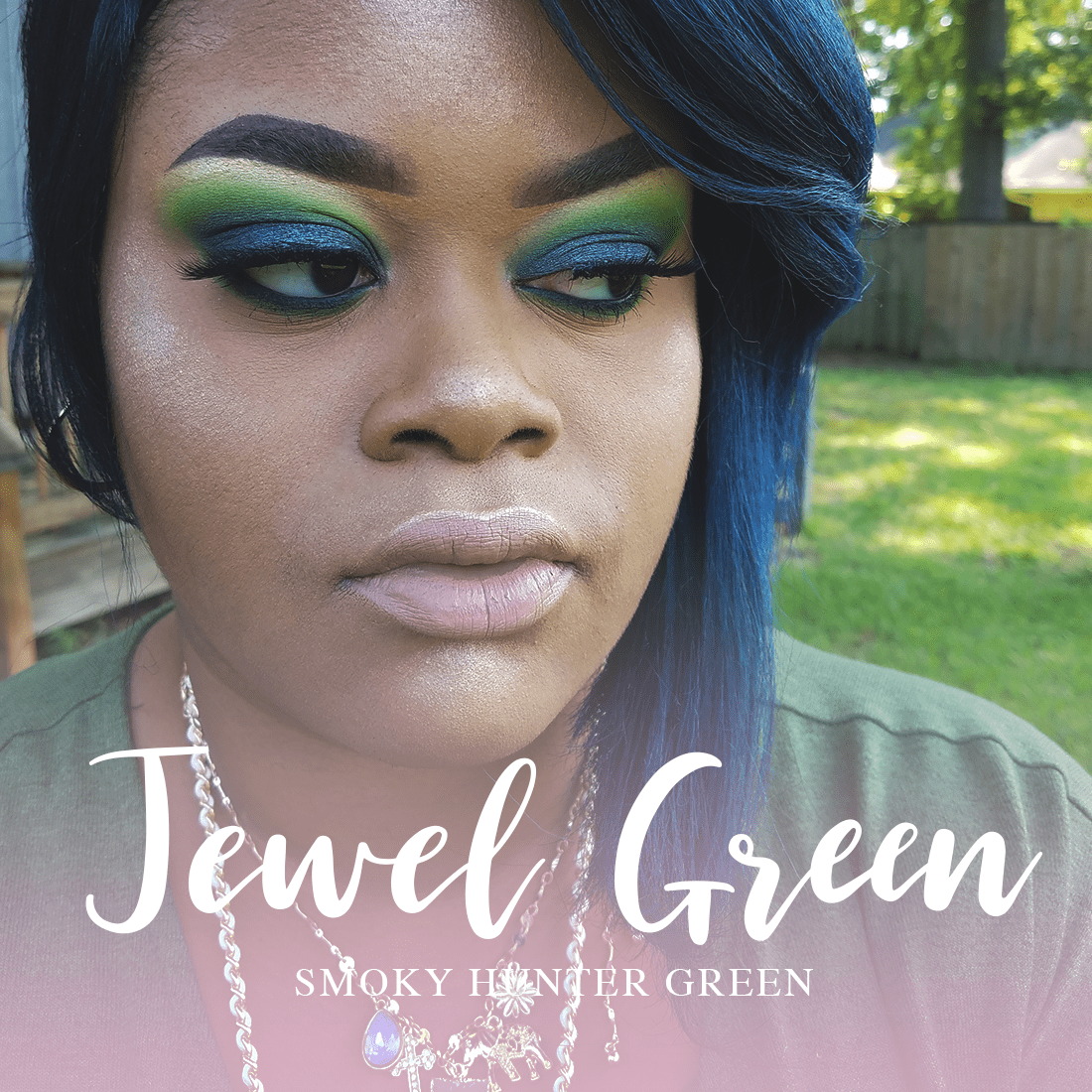 Smoky Green Look
